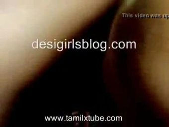 Tamil Big boobs aunty showing in saree drop